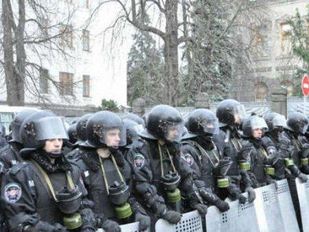 Влада планує ввести особливий режим у Києві
