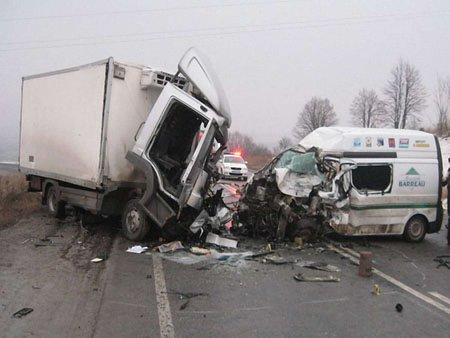 ДТП на трасі Київ-Чоп: четверо людей загинуло