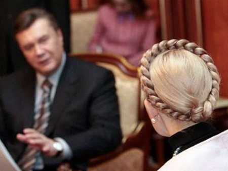 Тимошенко заявила, що готова дебатувати з Януковичем