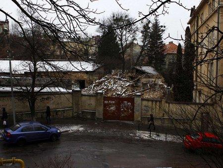 Забудовник ще не знає, куди перенесе будівництво з Озаркевича