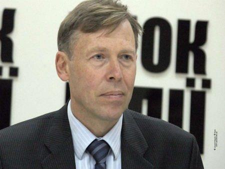 Опозиція почала звільняти Грушевського і КМДА, - депутат