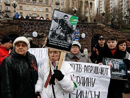 Самооборона Майдану захистила барикади від спроби розібрати їх
