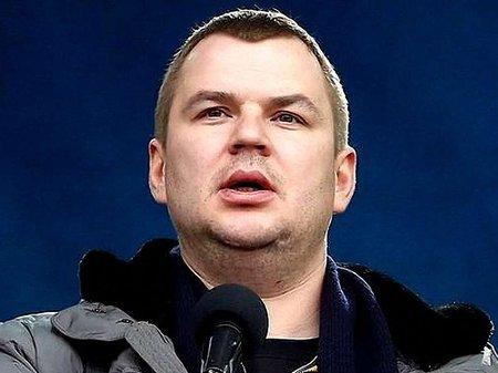 Булатов обіцяє пікетувати візит Януковича до Чехії