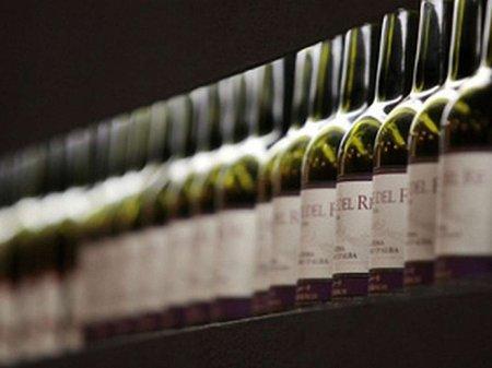 Вино і шампанське подорожчають з 1 березня