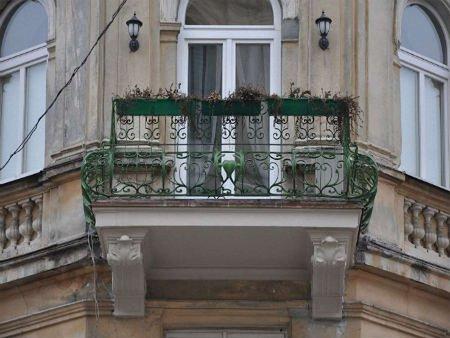 У Львові відреставрували чотири старих балкони