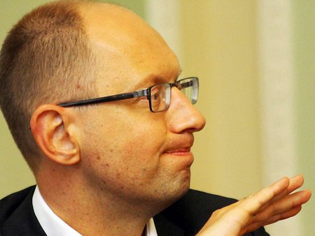 Яценюк: Постанови про повернення до Конституції-2004 у ВР немає