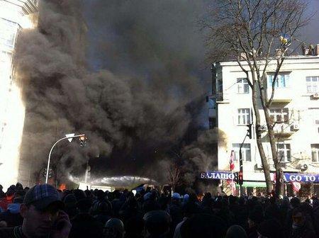 У Партії регіонів заявляють про загиблих під час штурму офісу