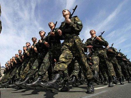 Міноборони: Мітингарі провокують армію втрутитися у конфлікт