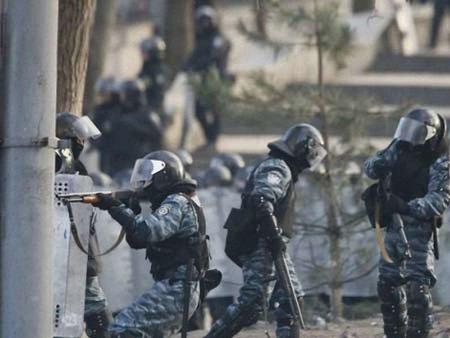 У МВС запевняють, що не використовують вогнепальної зброї
