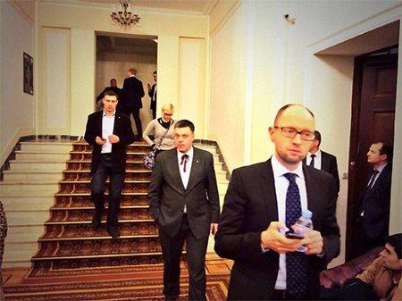 Відставки Януковича мало, люди вимагають суду, – лідери опозиції