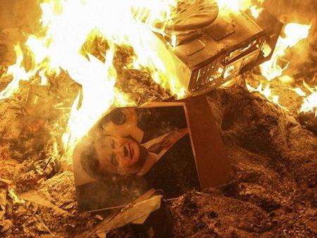 Європо, прокинься: Янукович править Україною в стилі «бакланки»