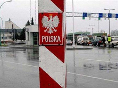 Українці заблокували чотири пункти пропуску на кордоні з Польщею