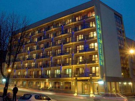 У львівському готелі заперечують, що там живуть «тітушки»