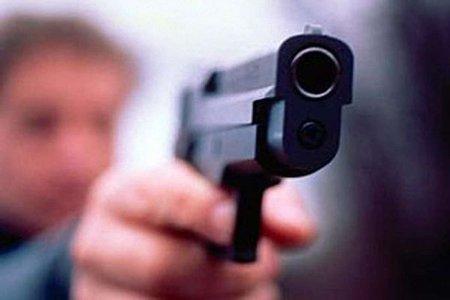 У центрі Львова затримали хлопця з пістолетом