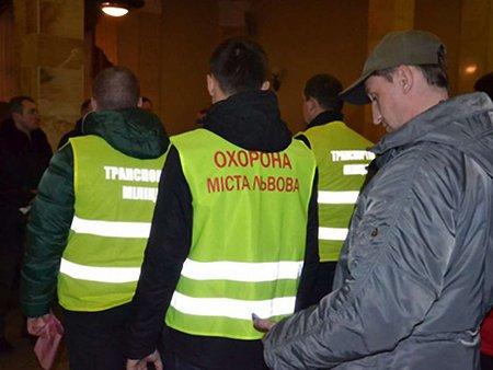 Львів уночі патрулювало понад 2 тис. активістів
