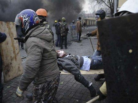 У Польщі працює гаряча лінія для надання допомоги постраждалим на Майдані