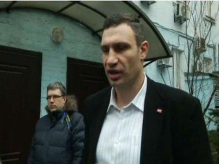 Кличко вважає, що Майдан не повинен розходитися