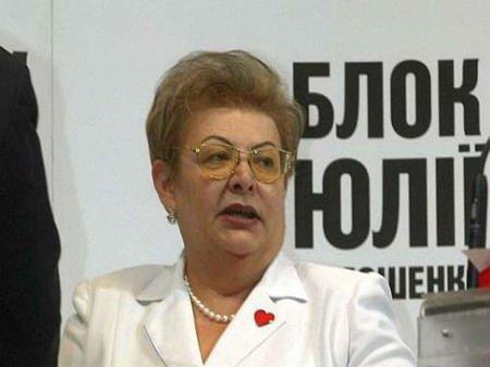 Питання прем'єрства і президентства перед Тимошенко не стоять, - родичка