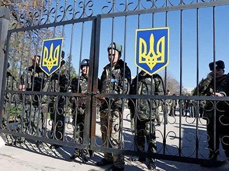З Криму вивели вже понад 1000 військовослужбовців