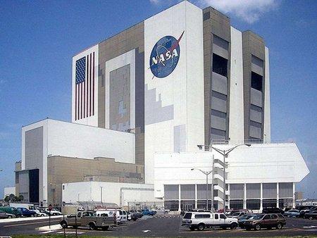 NASA частково припиняє співпрацю з Росією