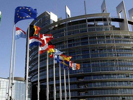 Європарламент погодився знизити мита для товарів з України