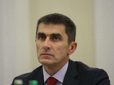 Україна припиняє військову співпрацю з Росією
