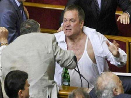 Турчинов позбавить Колесніченка українського громадянства