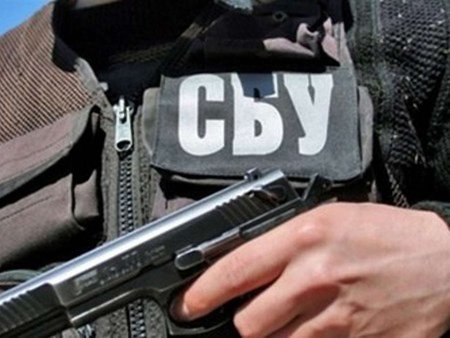 На Луганщині затримали озброєних людей, які хотіли захопити владу