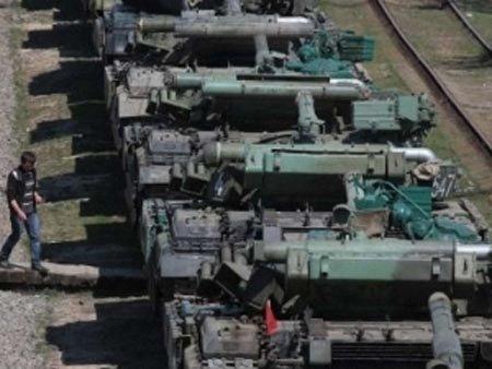 Росіяни перетворили передачу зброї з Криму на фарс