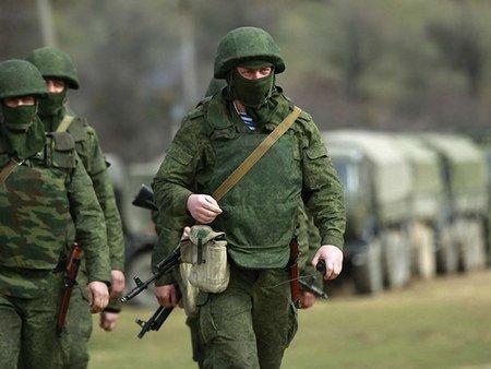 Вночі російські війська можуть ввести на схід України