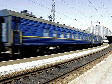 Львівська залізниця призначила додаткові приміські потяги