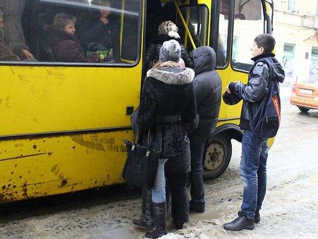 У Львові автобусний маршрут №28 продовжили в Старе Рудно