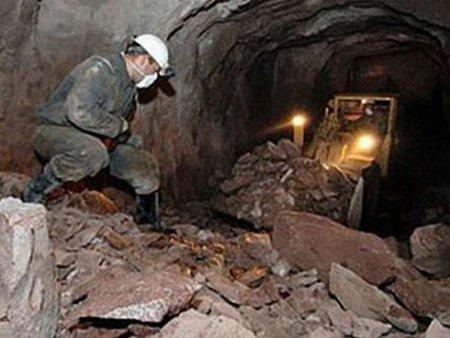 Кабмін виділить допомогу сім'ям загиблих гірників у Донецьку