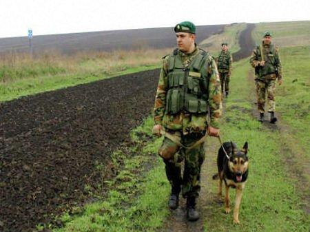 Прикордонники готові на рішучі дії у разі провокацій на кордоні