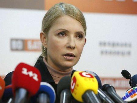 Тимошенко замість виборчої кампанії зайнялася рухом опору