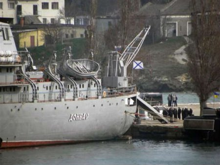 З полону у Севастополі вивели корабель