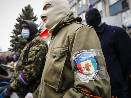 Сепаратисти на сході взяли в полон офіцера та солдата