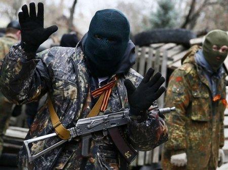 На Донеччині у 8 містах сепаратисти контролюють адмінбудівлі
