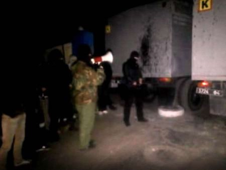 Сепаратисти напали на військову частину у Маріуполі (відео)