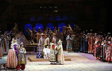Росія заборонила виконувати оперну арію через слова