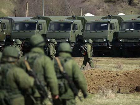 Путін визнав, що в Криму діяли російські військові