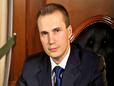 Старшого сина Януковича оголосили в розшук