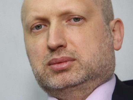 Турчинов доручив цілодобово охороняти кандидатів у президенти
