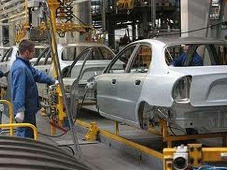 Україна більше не постачає автомобілів і запчастин до Криму
