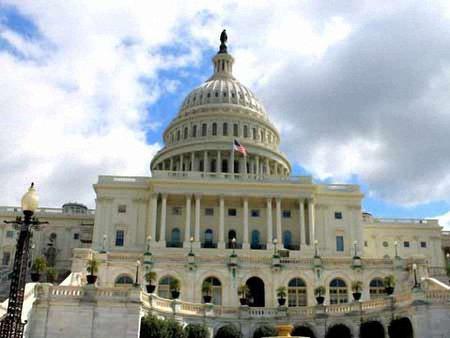 Сенатори закликають Обаму ввести санкції проти «Газпрому»