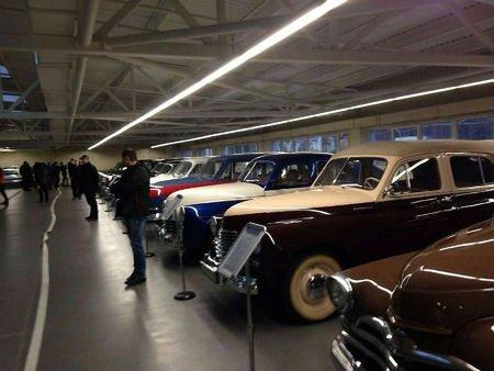 Леополіс Гран Прі хоче продати автомобілі Януковича на фестивалі