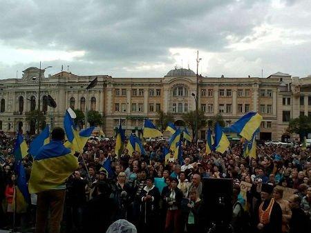 У Харкові на молебень за Україну зібралося 7 тисяч людей