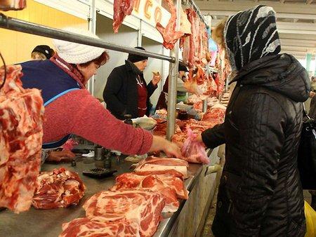 У російських перевіряльників нові претензії до українського м'яса та молока