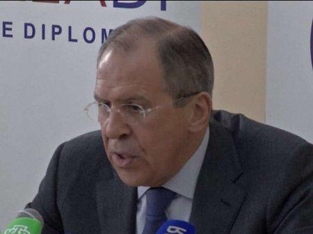 Лавров закликає українську владу прибрати «ганебний майдан»