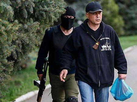 Терористи заявили, що в автобусі з членами ОБСЄ везли боєприпаси